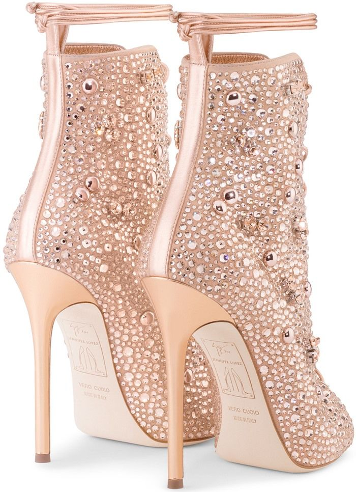 Giuseppe for Jennifer Lopez 2017 Crystal-Embellished Lynda Booties clearance for nice big sale cheap price outlet explore clearance best sale cheap prices 1yC7dixPa7