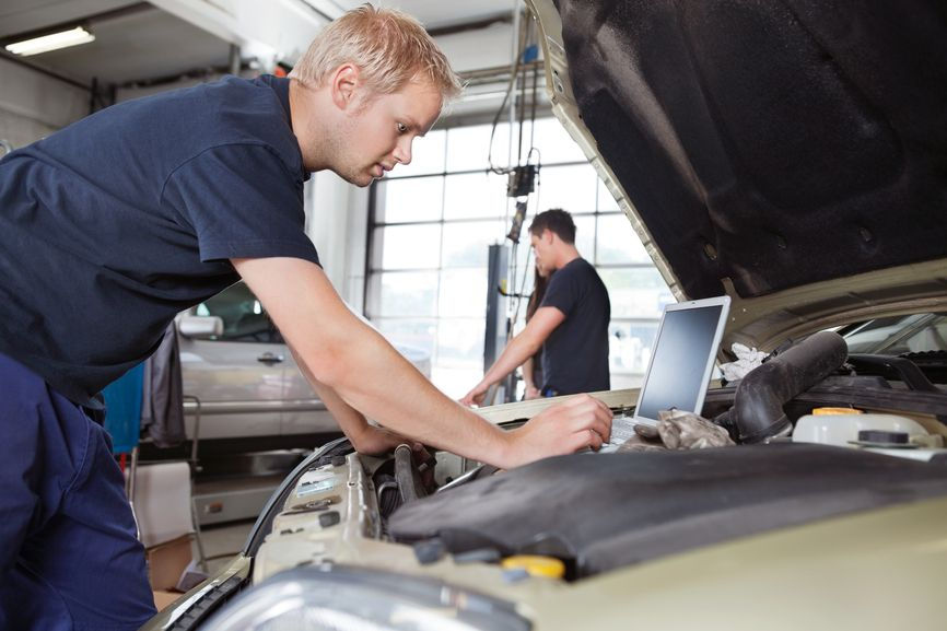 Are you looking for an expert car mechanic for car service