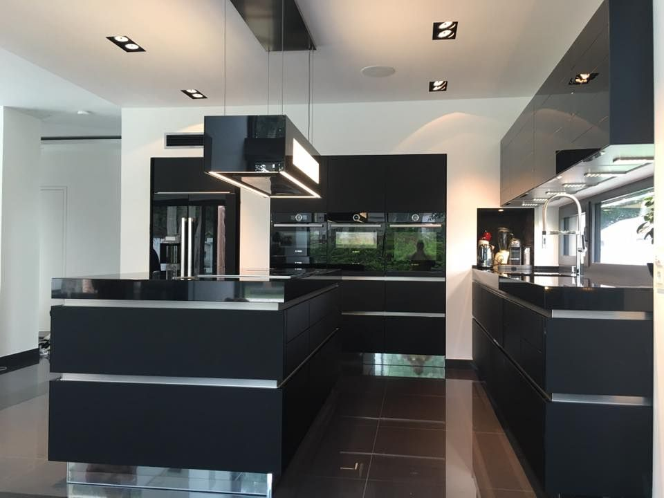 Küchenstudio Kurttas mit Blickfang der Küche Dekor. www ...