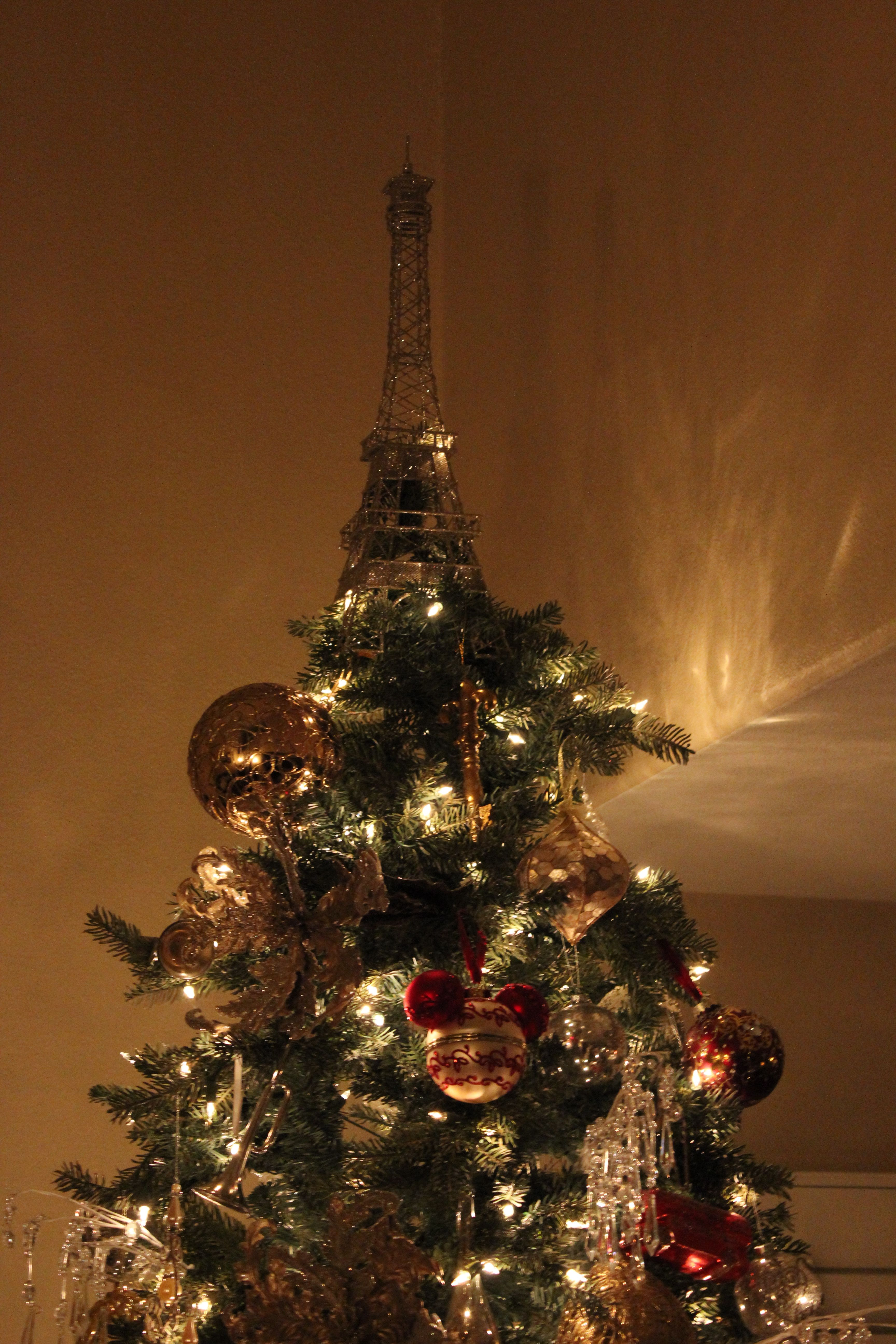 Eiffel tower tree topper Holiday Decor Pinterest