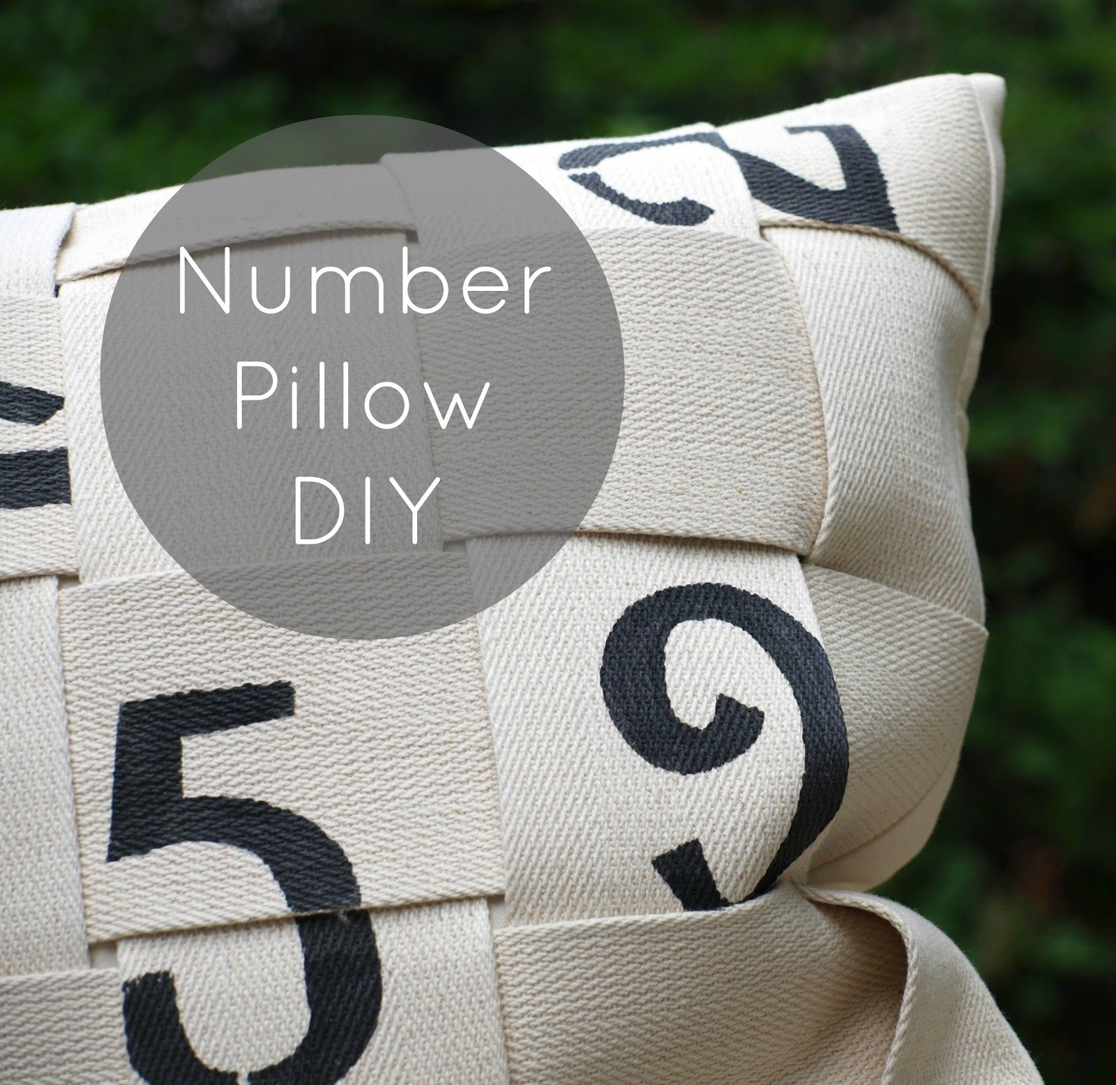 DIY: number pillow