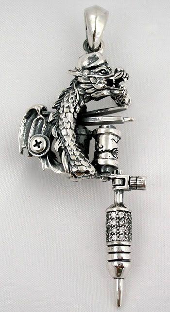 Dragon tattoo machine gun pendant mquina de tatuajes dijes y dragon tattoo machine gun pendant aloadofball Image collections