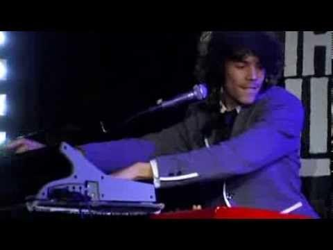 Handsome Poets - Blinded - BNN That's Live 2010