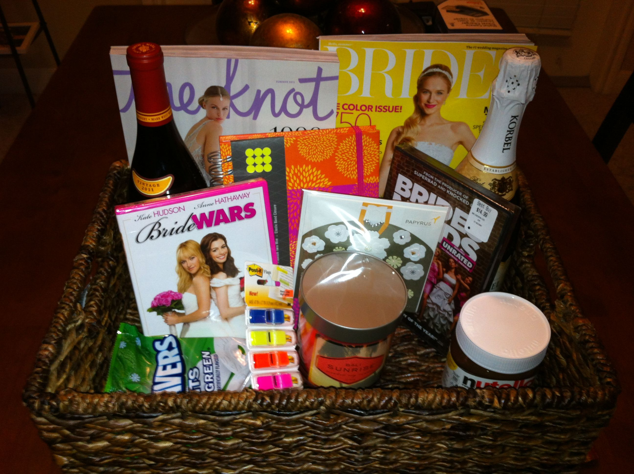 Wedding Shower Gifts For Her: Bridal Gift Basket To Help The Bride Plan For Her Big Day