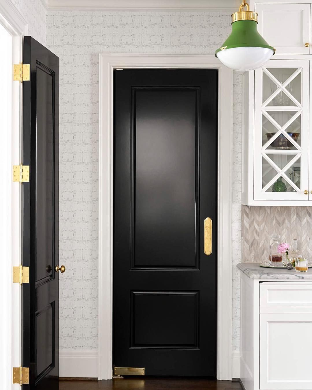 blacked into a corner 👌🏼 Swinging doors kitchen, Black