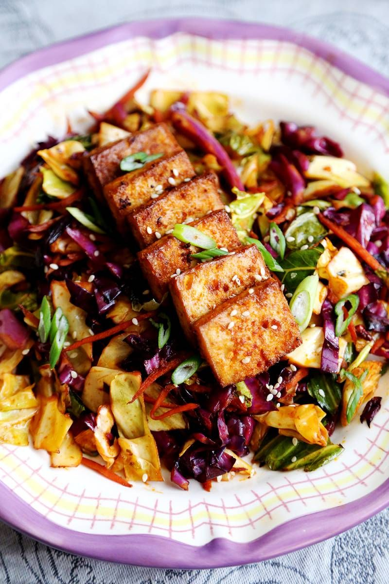 Spicy Baked Marinated Tofu with Vibrant Cabbage Stir Fry - Recipes, Vegetables - Divine Healthy Food #cabbagestirfry