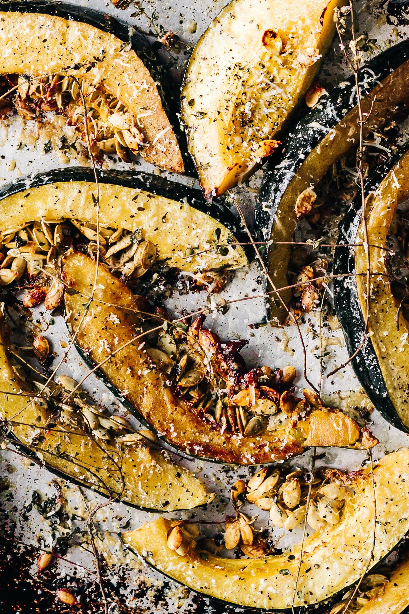 Garlic Parmesan Roasted Acorn Squash Acorn Squash Recipes Acorn