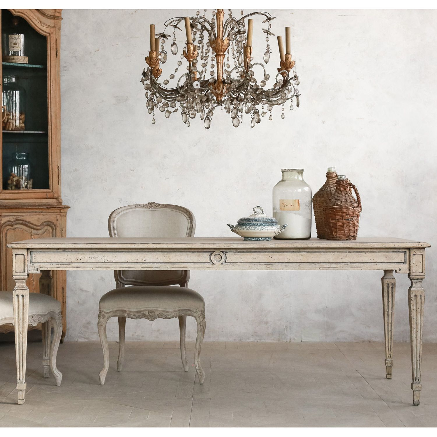 Eloquence Gustavian Dining Table @Layla Grayce