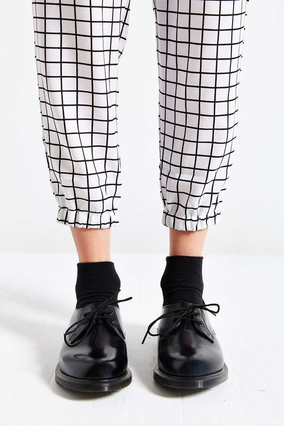 Style   Fashion Doc Martens Oxfords, Dr Martens Outfit, Dr Martens Style,  Style aab337fa175d