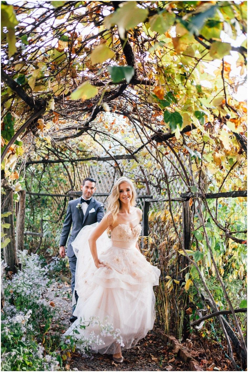 Stu Leanne Autumn Wedding At Boscobel Dutchess Manor Gorgeous Wedding Dress Bridal Gowns Wedding Dresses