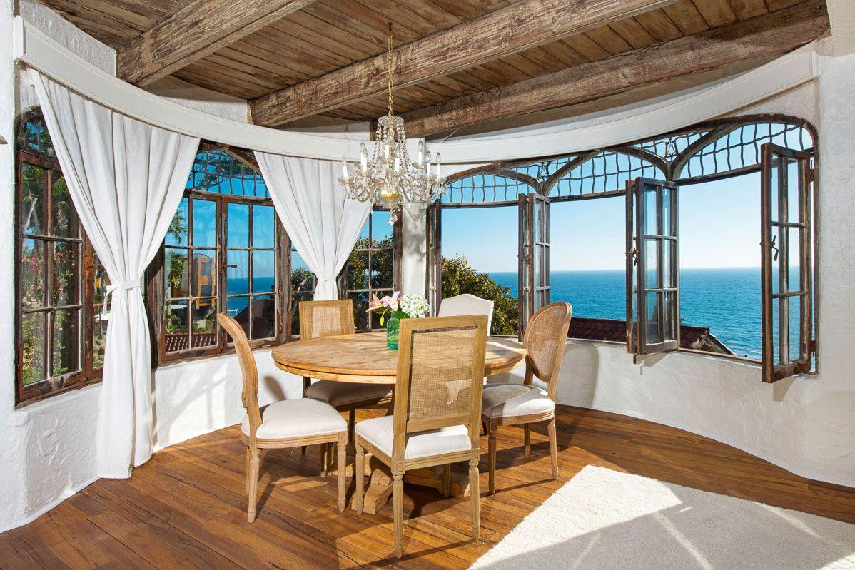 Mariona Estate Laguna Luxury retreats, Luxury villa