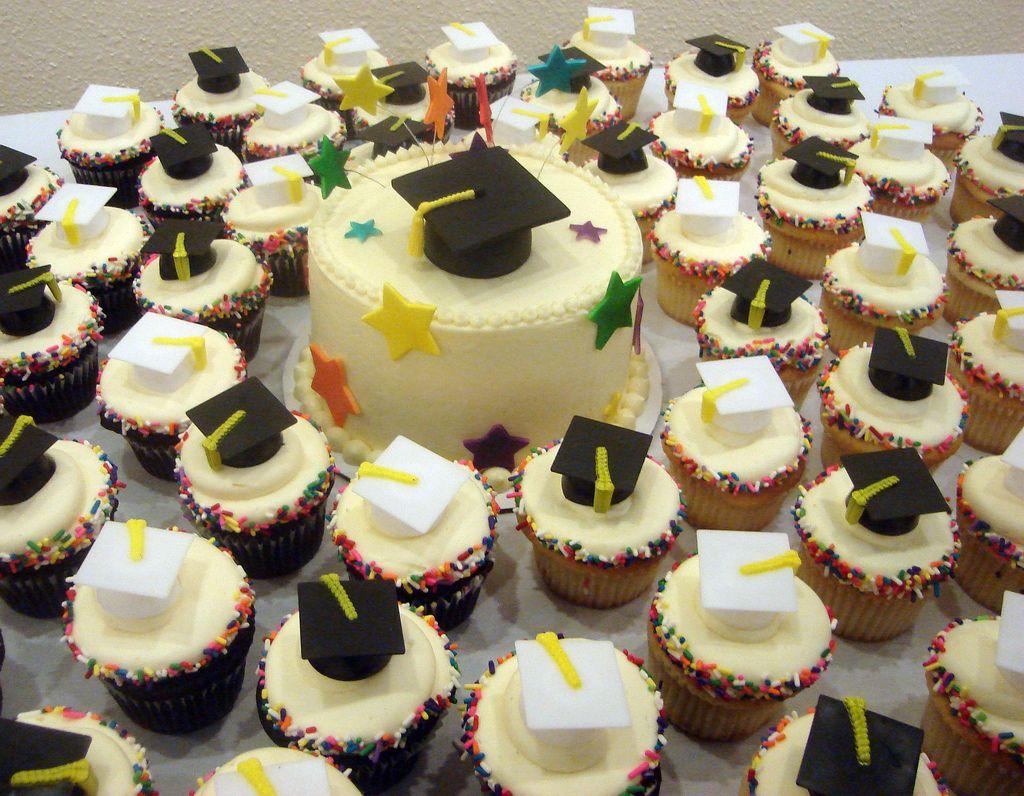 Image Result For Graduation Cupcake Ideas Graduation Cupcakes