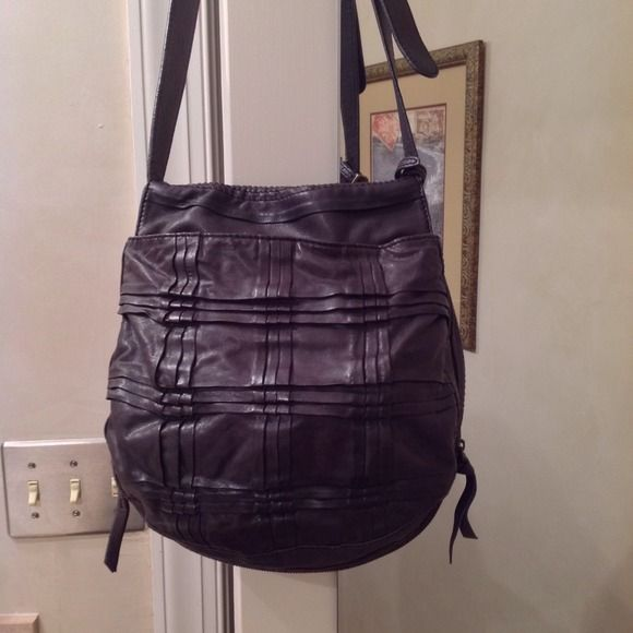 The 25+ best Boss orange handbags ideas on Pinterest ...