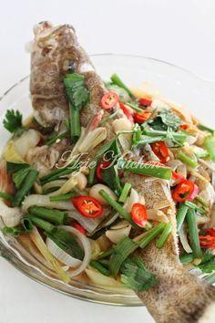 Azie Kitchen Ikan Kerapu Stim Ala Thai Resep Masakan Malaysia Resep Ikan Resep Makanan
