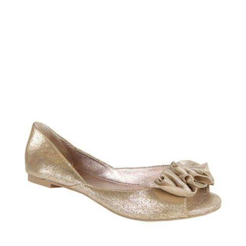 I Have Been Searching For Some Adorable Wedding Shoes And Am Not Having Any Luck Getting Married On A Golf Course In Jamaica Dont Think Heel