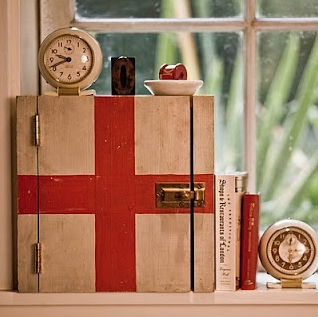 Red Cross medicine cabinet. Would be so easy to make and ...