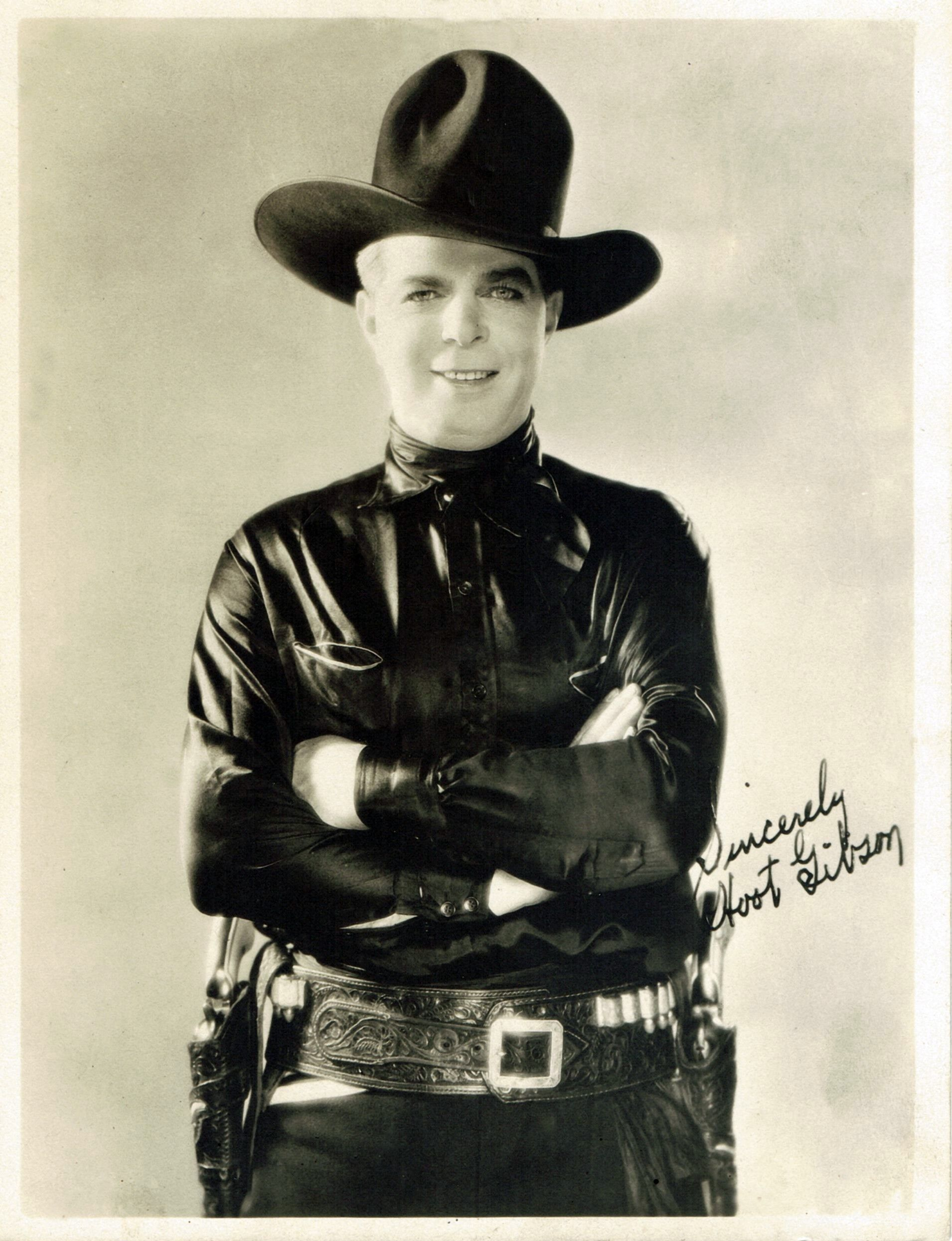 Hoot Gibson 1892 1962 Was An American Rodeo Champion And A Pioneer Cowboy Film Actor From The 1920s Through The Cowboy Films Hero Movie Old Western Movies