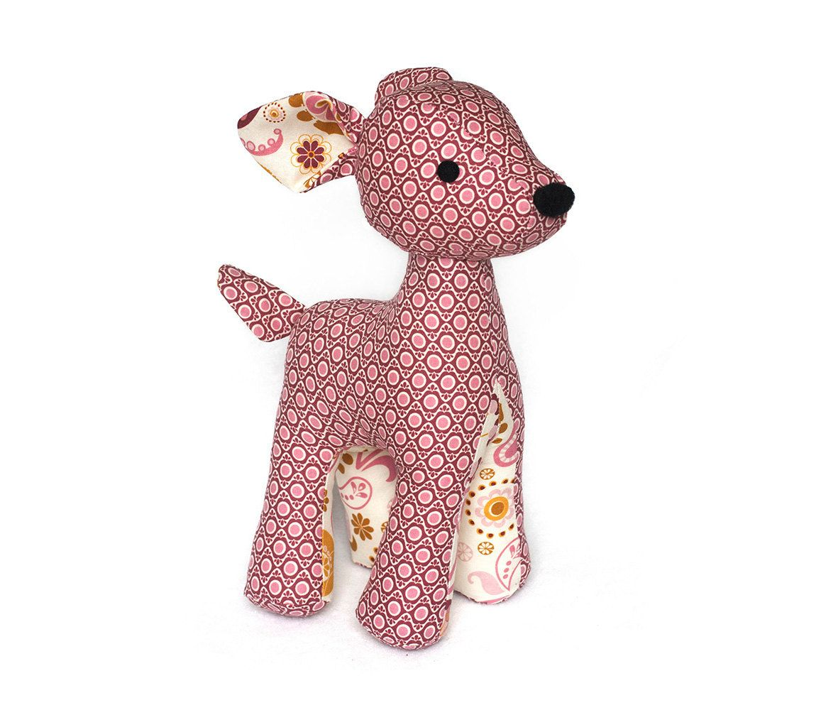 With this cute sewing toy pattern you can make a very cute deer with this cute sewing toy pattern you can make a very cute deer this pattern jeuxipadfo Choice Image