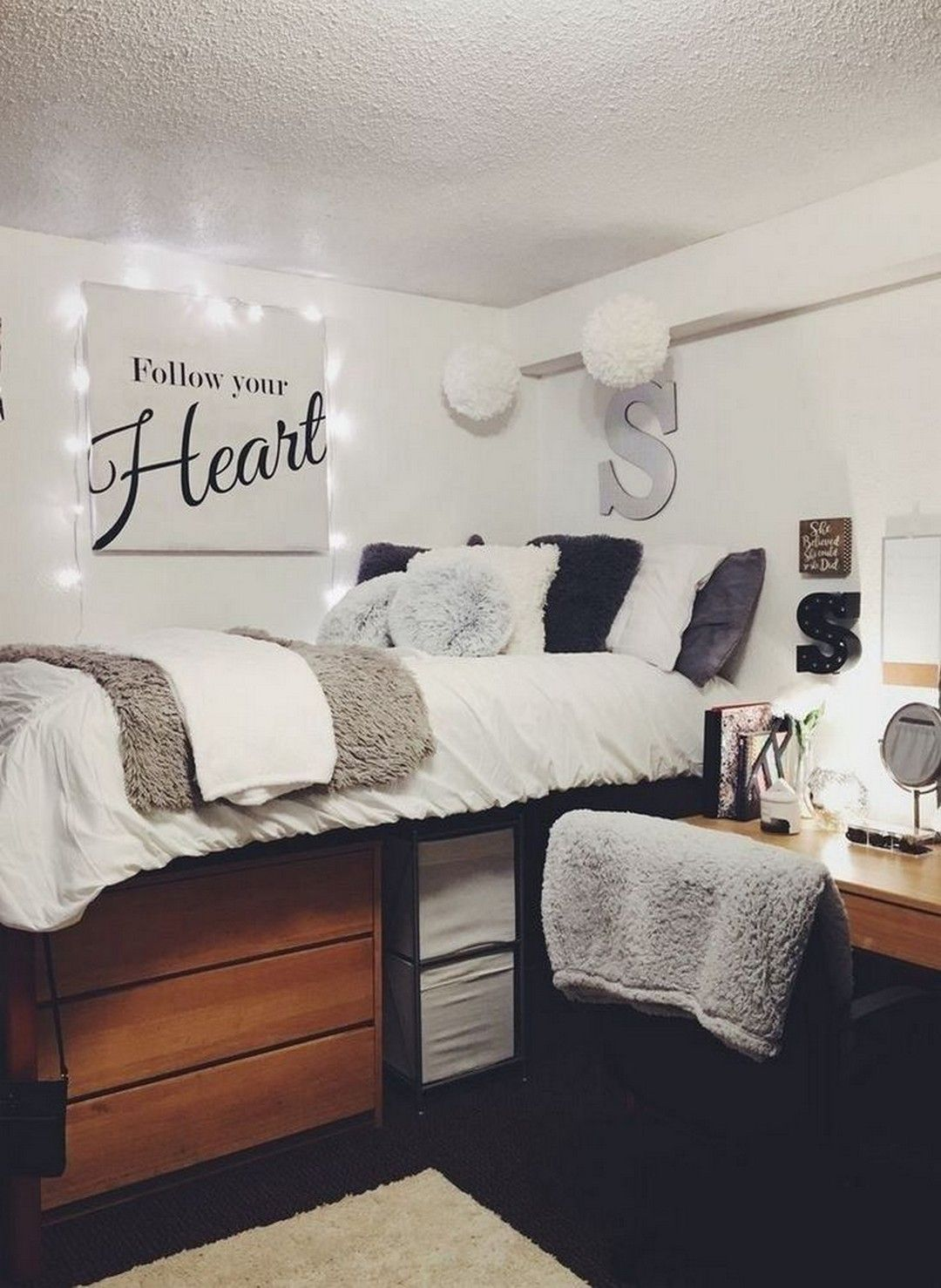 20 Cute Dorm Room Ideas That You Need to Copy Right Now #collegedormroomideas