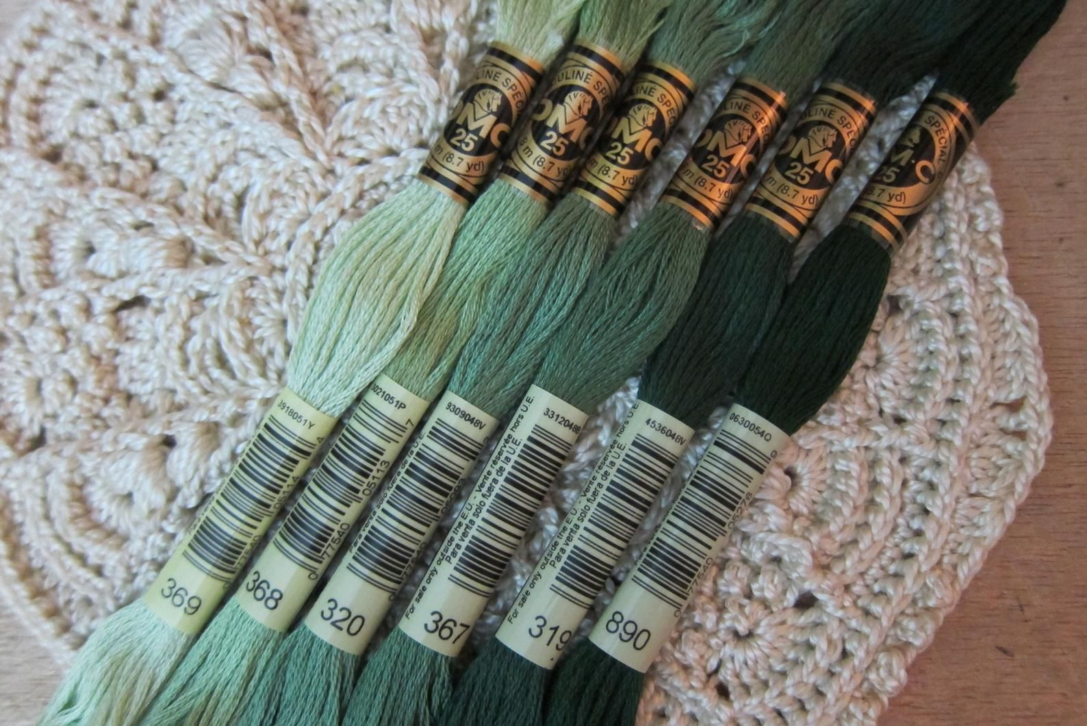 Embroidery FLOSS DMC stranded color 319