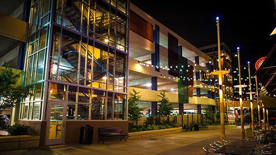 Elan Uptown | Luxury Apartments Uptown Minneapolis, MN