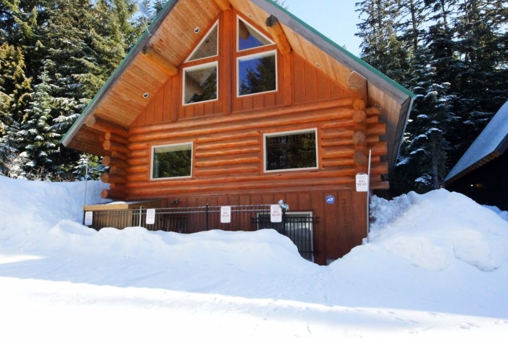 header hood top lodges for vacation zigzag near mt oregon cabins rentals forrest rent lodge resorts