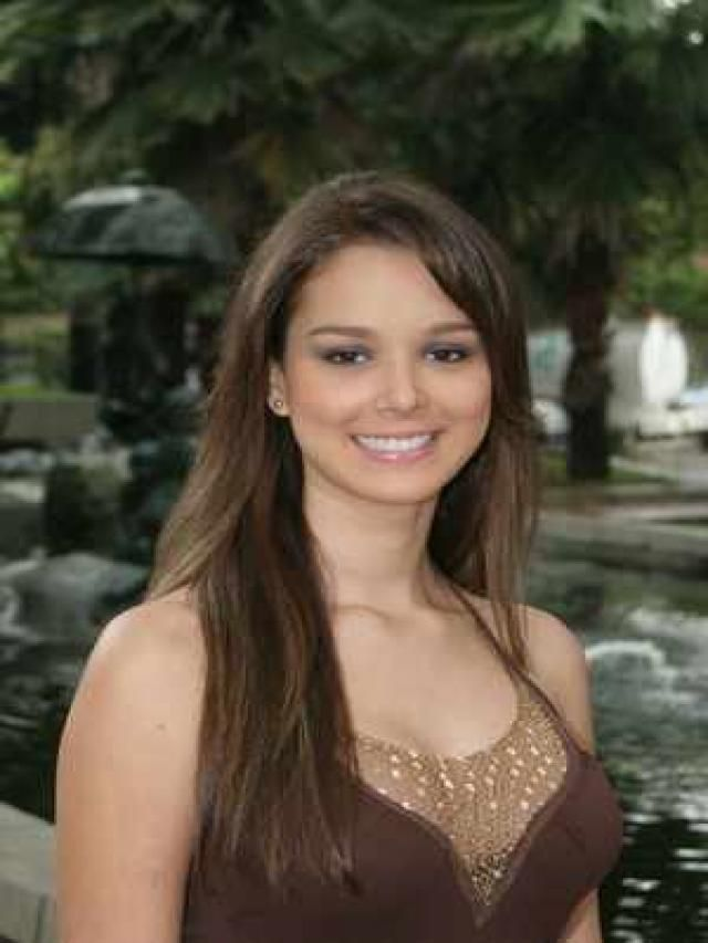 Theresa Correa | Pretty, Female, Image