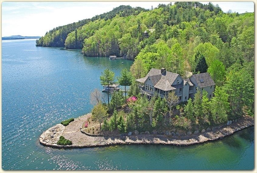 House vacation rental in lake jocassee from