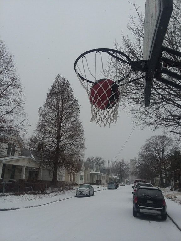 Well it is too cold to play basketball... : funny (avec ...