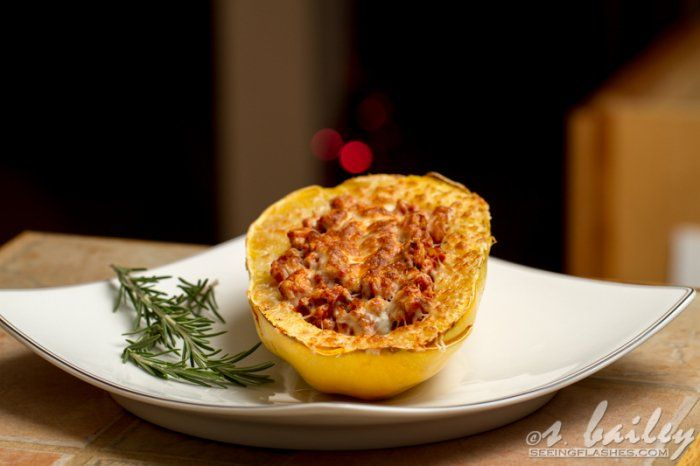 Warm, comforting and cheesy spaghetti squash boats give you all the flavor of spaghetti and meat sauce, in a healthy spaghetti squash.