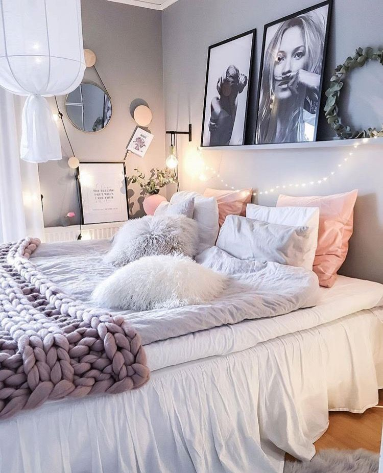 Pingl par rose salgat sur bedroom pinterest decos for Chambre cocooning ado