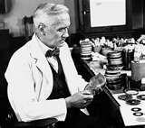 13 - Posteriormente se cura esta enfermedad con penicilina, pero el virus se va fortaleciendo, crea sus propias defensas moleculares y se presentan rápidamente casos refractarios.