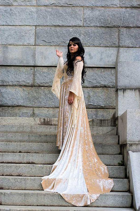 161e9e1cd3a MEDIEVAL GOWN WITH TRAIN This is a great medieval wedding gown ...