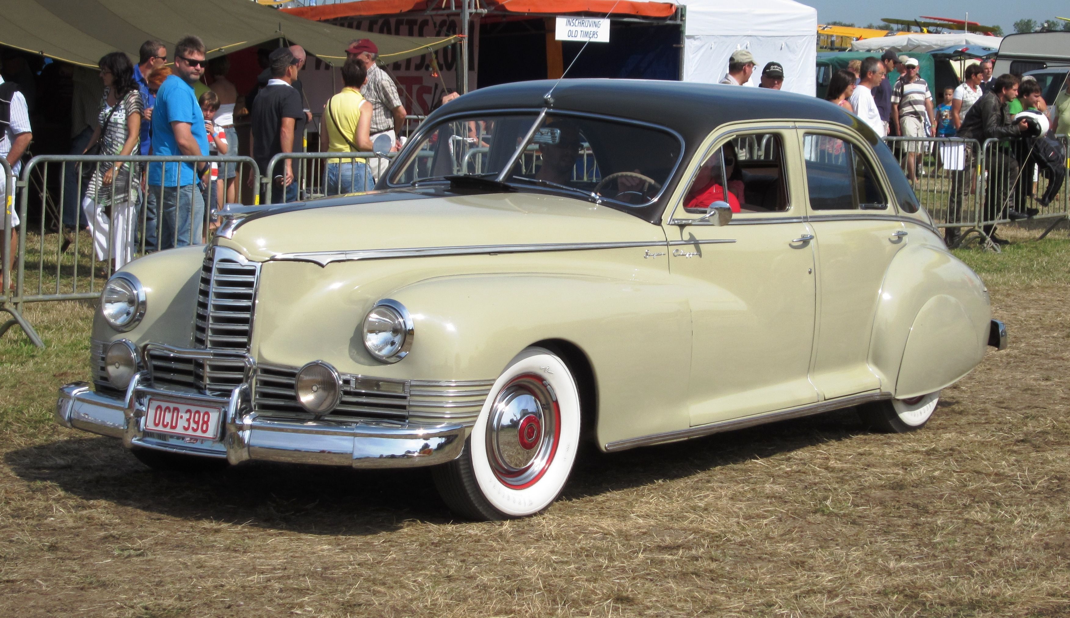 Packard | File:Packard Clipper ca 1947 in Belgium.jpg - Wikipedia ...
