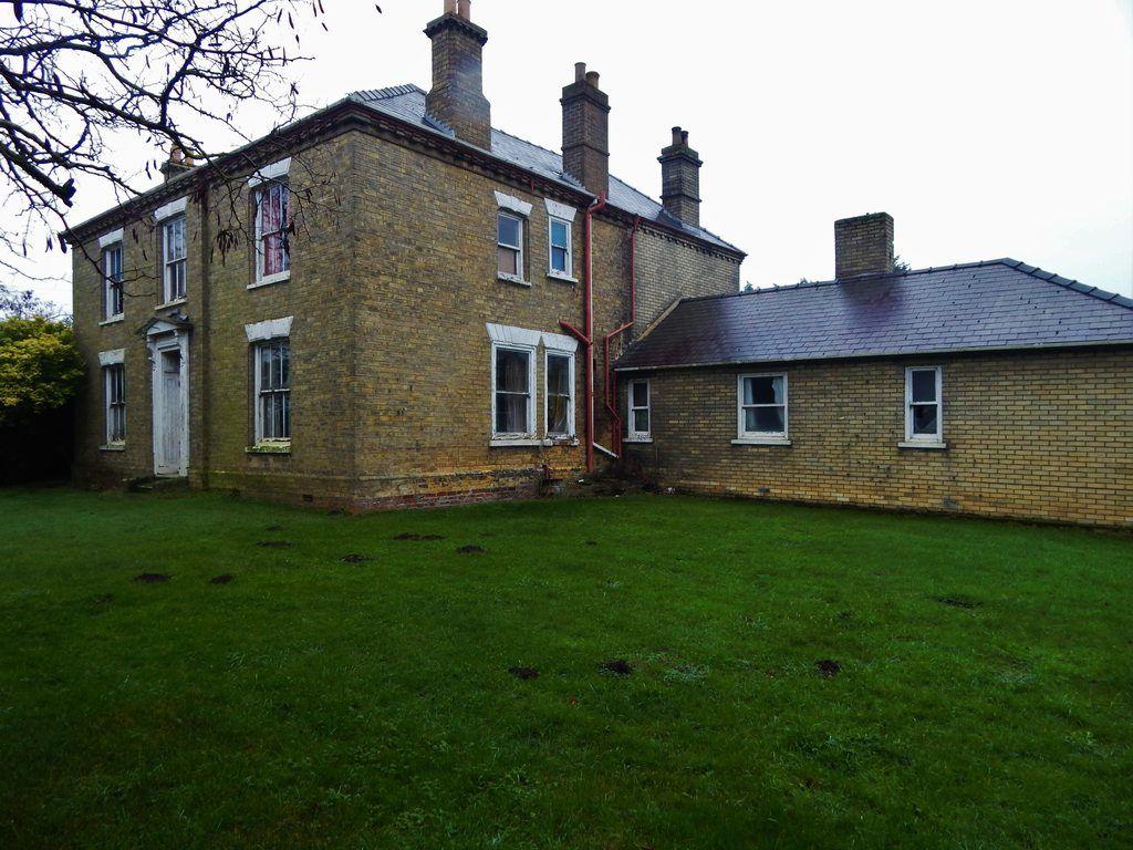 Anping Joy House Mountfield House Musbury Devon March 2017 Pic Heavy Ish