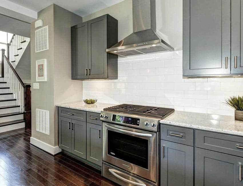 Kitchens With Dark Hardwood Floors And Gray Cabinets With Black Appliances Images Google Searc In 2020 Beige Kitchen Dark Grey Kitchen Cabinets Grey Kitchen Cabinets