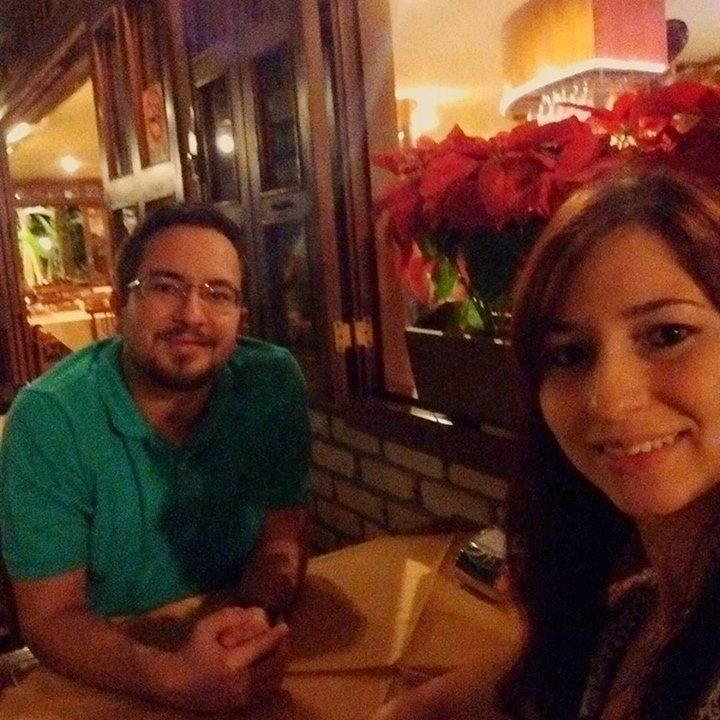 Comemorando Aniversário em grande estilo. Presente de minha princesa. #pizza by charleshcarvalho http://ift.tt/1sM9stZ