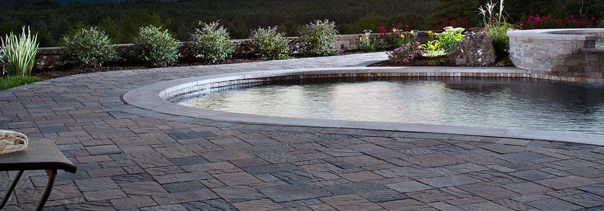 Urbana stone patios outdoor decor and backyard for Belgard urbana pavers