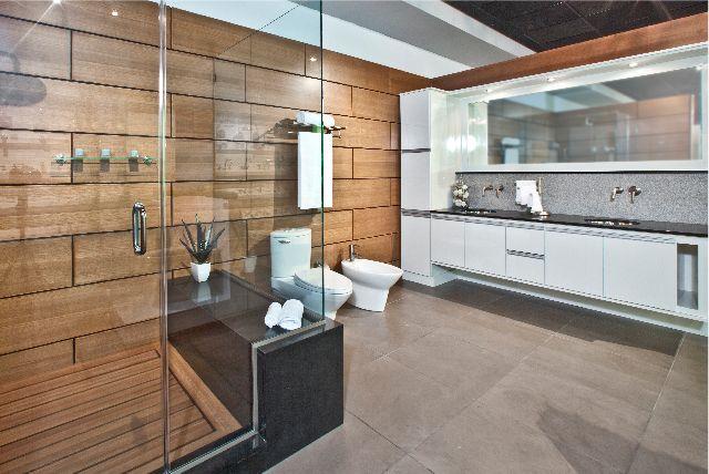 Remodelación de baños en EST Kitchens and Baths