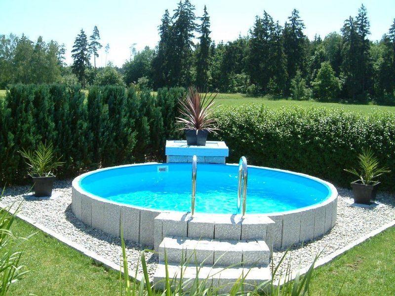 Rundbecken fun von future pool mit eloxiertem aluhandlauf for Swimming pool folie erneuern