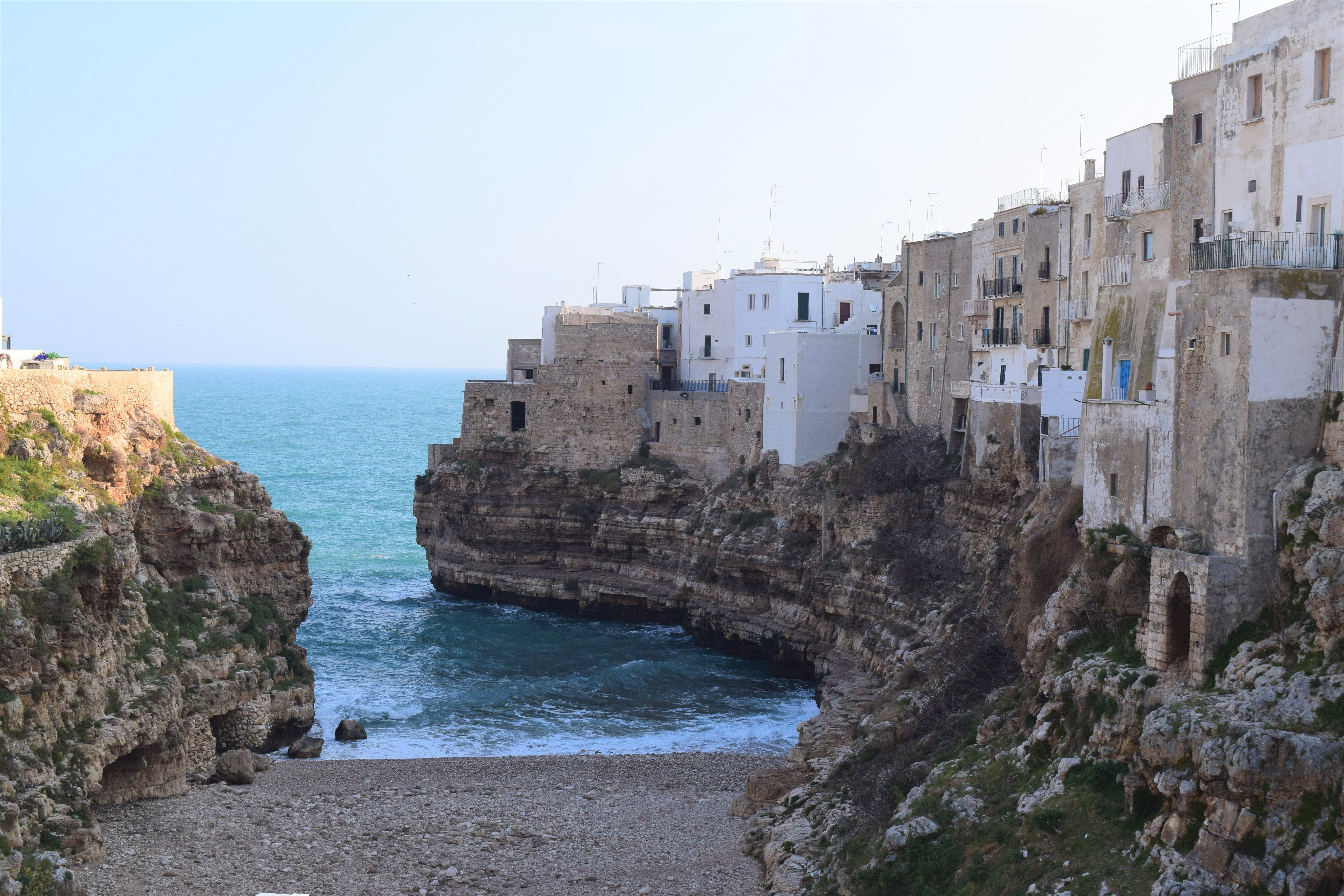 Polignano a Mare, Italy: This beach is amazing.   Diving ...