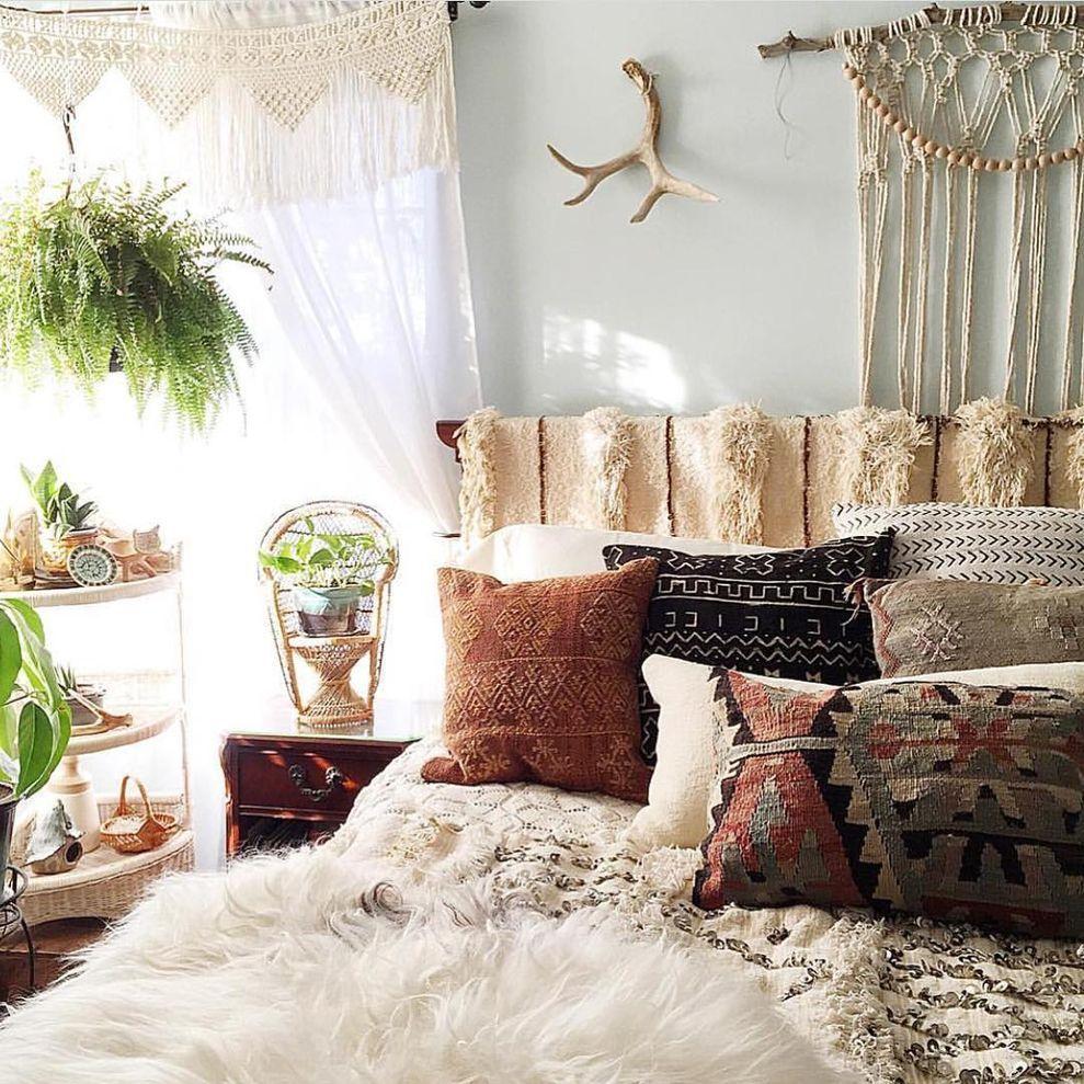 21 Lovely And Cozy Boho Bedroom Style Elegant Bedroom Decor Bohemian Bedroom Design Elegant Bedroom