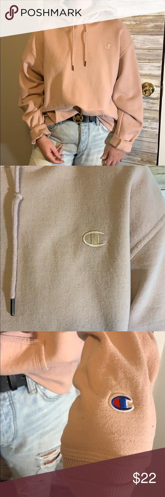 Champion hoodie Fits true to size! Champion hoodie! Champion Tops Sweatshirts & Hoodies #championhoodie