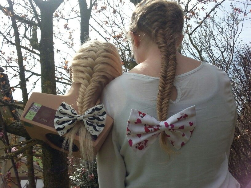 French fishtails and bows are always pretty and simple