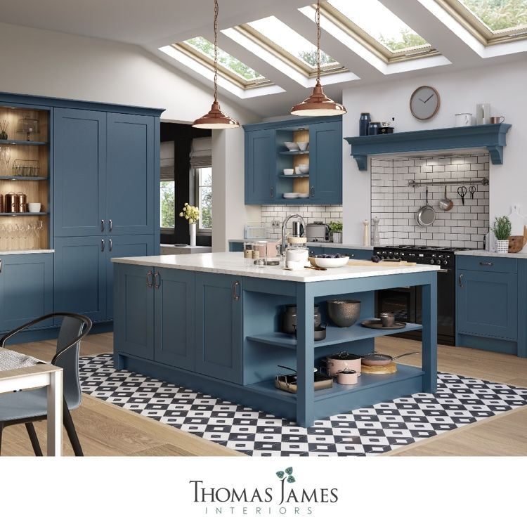 Monday Blues There S No Need To Feel Blue With Such A Beautiful Kitchen Solid Wood Kitchen Cabinets Solid Wood Kitchens Shaker Style Kitchens