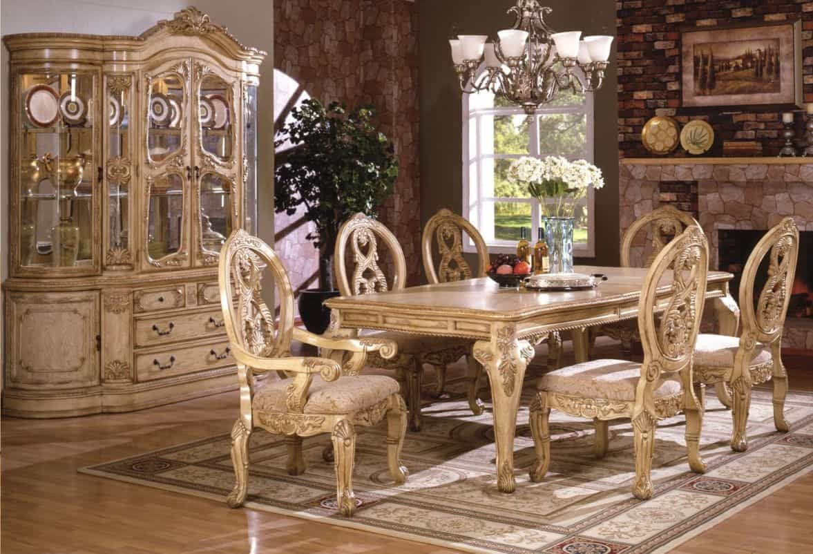 Ultra Luxurious Golden Accents Royal Dining Chairs Table And