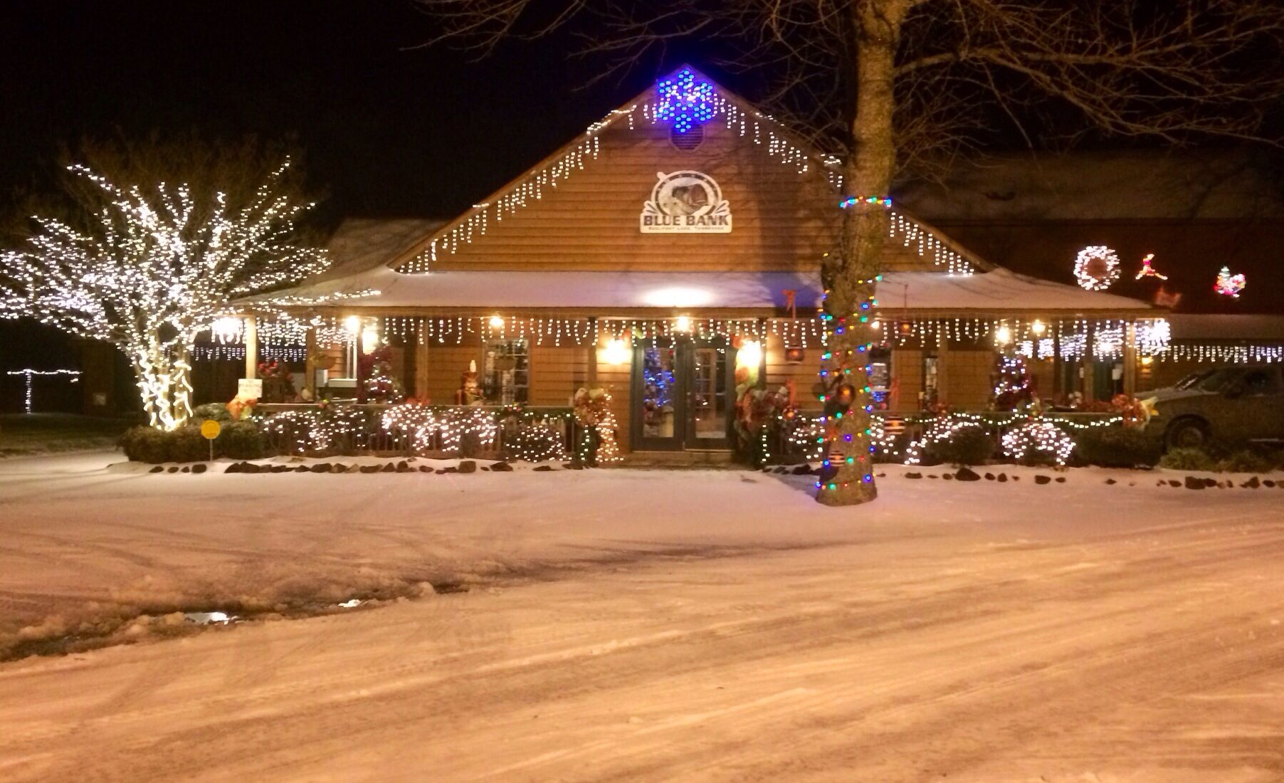 First Snow at our Resort in Reelfoot Lake, TN | Blue Bank Christmas