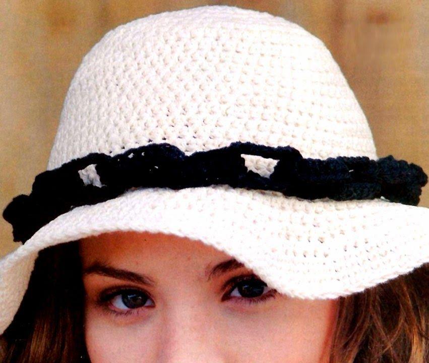 Sombrero clásico, que se distingue por lo original de su diseño. La ...