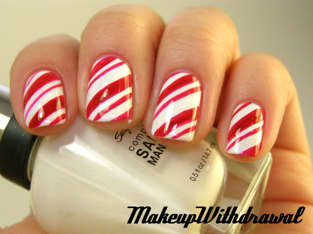 candy cane nails--great for Christmas time! - Makeup Withdrawal: Candy Cane Stripes Delicious Nail Designs