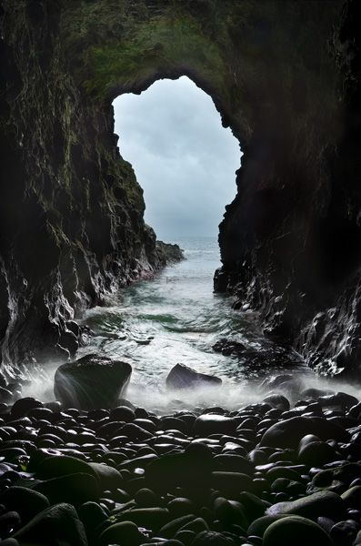 Northern Ireland Landscape Photography: Mermaid's cave ...